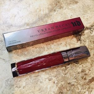 Urban Decay Makeup - Urban Decay Revolution Red Brickhouse Lip Gloss